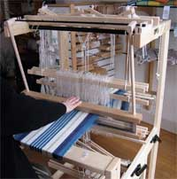 Julia countermarch loom in action